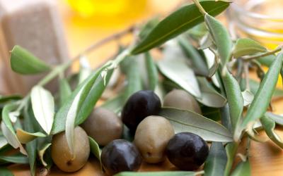 Le Savon Noir Liquide :  9 Astuces pour Utiliser ce Produit d'Entretien Naturel